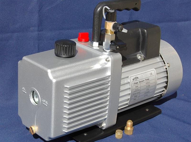 VPDS12: Rotary Vane Vacuum Pump 12.0 CFM Continuous Duty: Intake Ports:1/